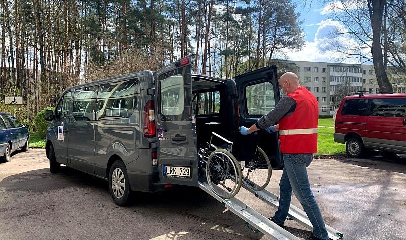 Druskininkai pirmieji Lietuvoje pradėjo teikti nemokamas transportavimo paslaugas pacientams